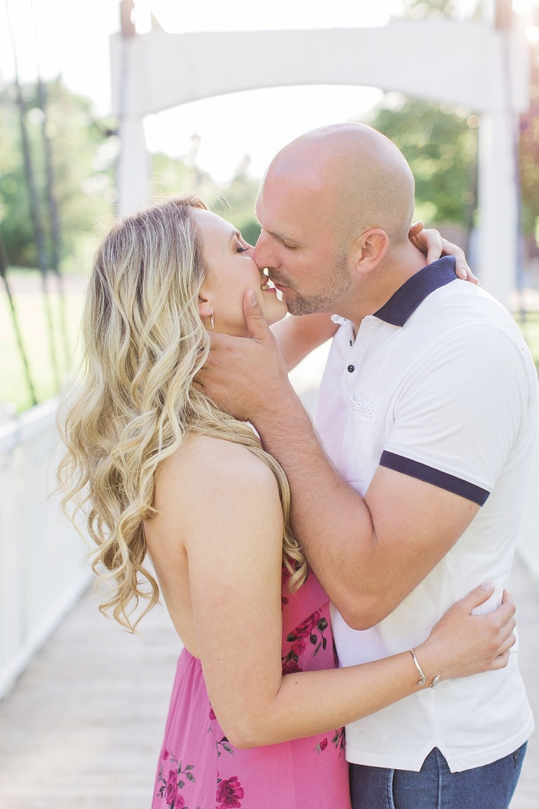 Sun-filled Metcalfe summer engagement photos outside Ottawa